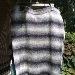 Lane Bryant Sweater skirt gray black tones